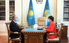 Kassym-Jomart Tokayev receives Natalya Godunova, Chairman of the Accounts Committee for Control over Execution of the Republican budget